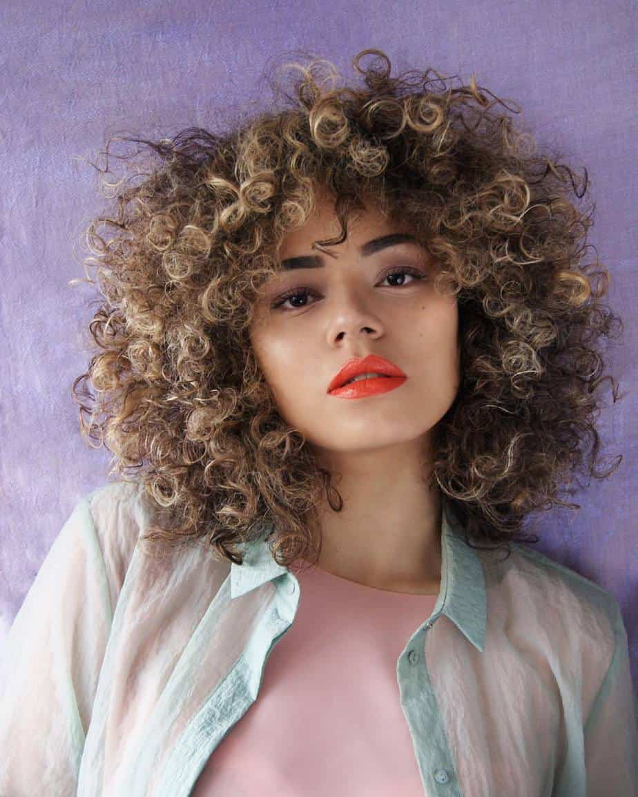 Cool Haircuts for Women 2021 Curly Hair with Bangs