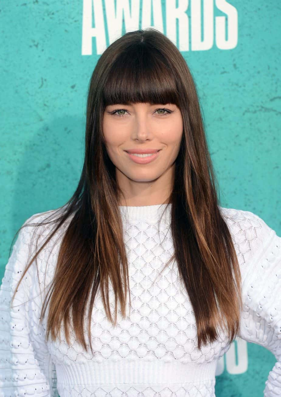 Elegant Long Straight Hair with Browbone Bangs