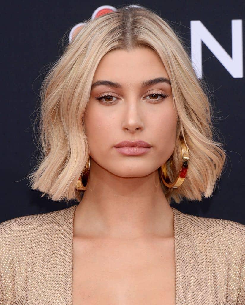 Trendy Women Hairstyles 2021 Chin Length Bob