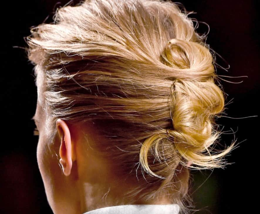 A Spectacular and Easy-To-Do Hairstyle