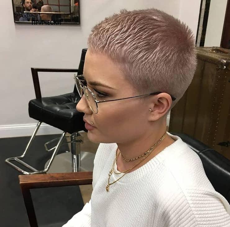 Women's Short Hairstyles 2022: Pixie