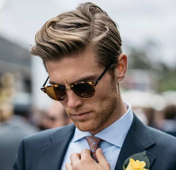 Parting-short-hairstyles-for-men-2022